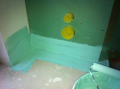 Wand- und (noch teilweise) Bodenabdichtung für WC