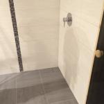 Dusche ohne Kabine und ohne Duschwanne