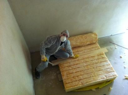 Schutzanzug für Arbeiten mit Galswolle